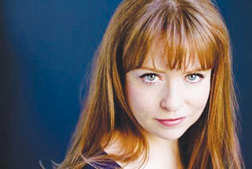 Maxine Linehan – Beautiful Singer of Beautiful Songs