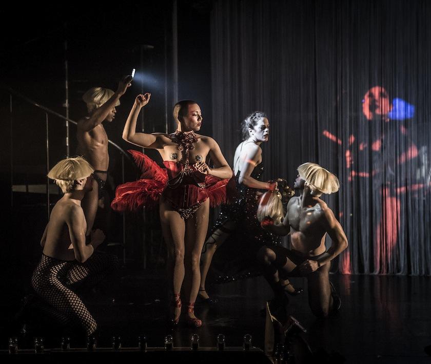 Erotic theatre and dance pics